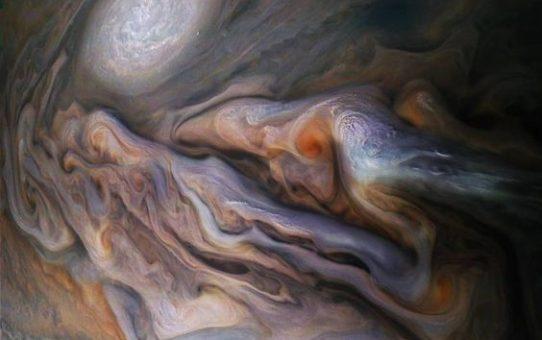 Jupiter a Nyilasba lép